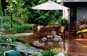 Lưu ý khi chọ mua nội thất kết hợp dù che cho sân vườn