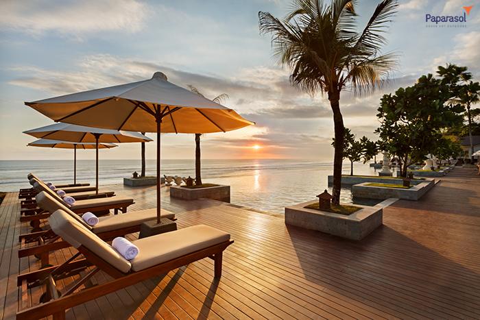 Ghế thư giãn tắm nắng không thể thiếu dành cho hồ bơi